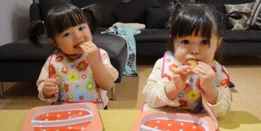 赤ちゃんのお食事エプロンどうやって選ぶ?ポイントやおすすめを紹介